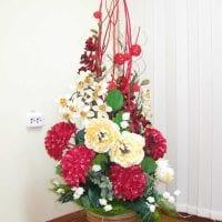 вариант красивого декорирования предметов к 8 марта картинка