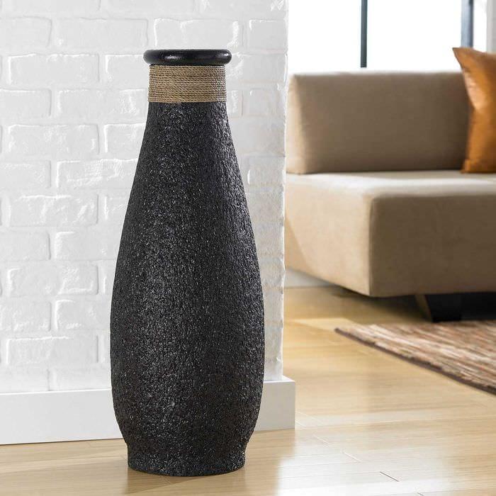 вариант красивого украшения настольной вазы