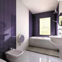 вариант яркого дизайна ванной комнаты с окном фото