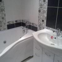 идея яркого стиля ванной в черно-белых тонах фото