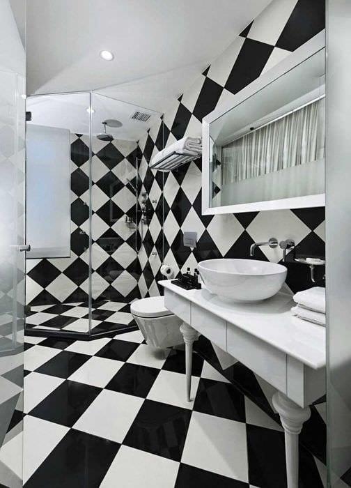 идея красивого интерьера ванной комнаты в черно-белых тонах