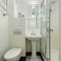 вариант красивого стиля ванной комнаты в классическом стиле картинка