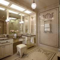 идея светлого интерьера ванной комнаты в классическом стиле картинка