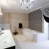 вариант яркого интерьера ванной в черно-белых тонах картинка