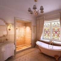 идея светлого декора ванной комнаты в классическом стиле фото