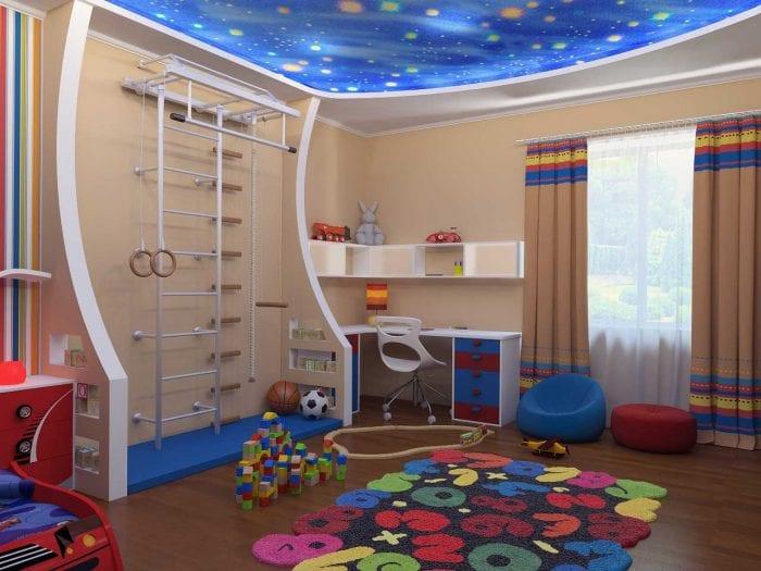 вариант красивого декора детской комнаты для двух мальчиков