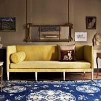 идея сочетания яркого коричневого цвета в дизайне гостиной фото