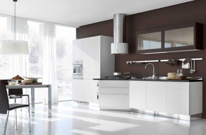 идея сочетания светлого коричневого цвета в стиле кухни