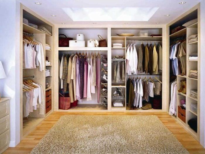 Устройство гардеробных комнат своими руками