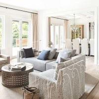 идея необычного стиля квартиры в светлых тонах в современном стиле картинка