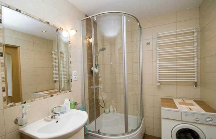 вариант красивого дизайна ванной 2.5 кв.м