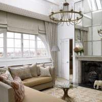 вариант яркого дизайна гостиной комнаты с эркером картинка