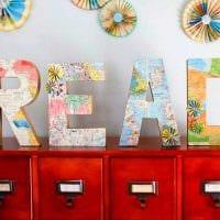 идея применения декоративных букв в стиле помещения фото