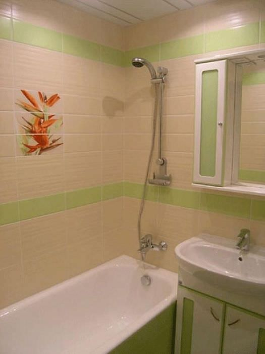 пример необычного дизайна ванной в хрущевке