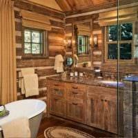 вариант яркого интерьера ванной в деревянном доме картинка