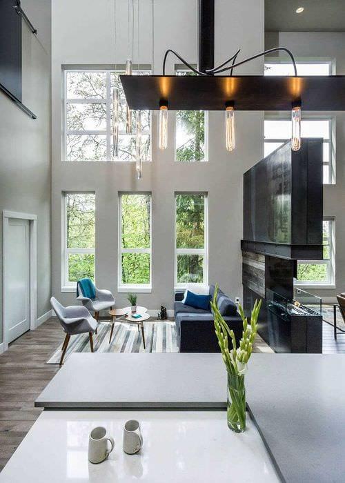 вариант красивого интерьера квартиры со вторым светом