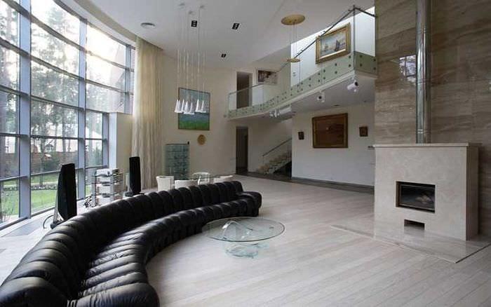 идея современного интерьера квартиры со вторым светом