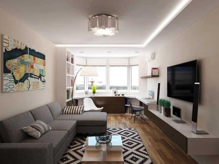 пример светлого интерьера гостиной с эркером