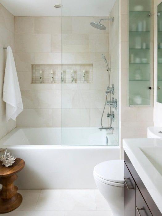 вариант красивого интерьера ванной в хрущевке
