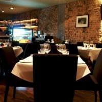 идея необычного интерьера ресторана в стиле лофт картинка