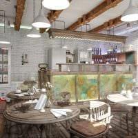 идея яркого интерьера ресторана в стиле лофт фото
