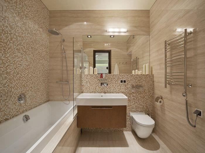 вариант яркого стиля ванной комнаты в бежевом цвете