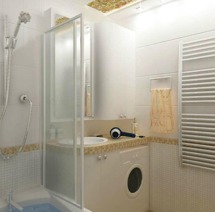 пример необычного дизайна ванной комнаты в хрущевке