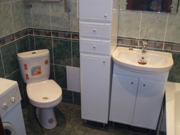 пример красивого стиля ванной в хрущевке