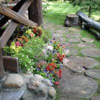 идея необычного декорирования двора фото
