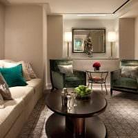 идея применения необычного бежевого цвета в стиле комнаты