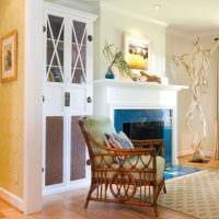 идея применения яркого декора комнаты в стиле ретро фото