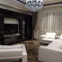 идея применения современных штор в ярком декоре квартире картинка