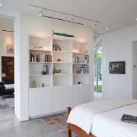 идея светлого дизайна двухкомнатной квартиры в хрущевке картинка