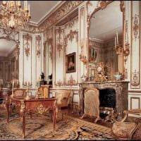 вариант необычного декора квартиры в романском стиле картинка