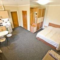 вариант красивого интерьера маленькой комнаты в общежитии картинка