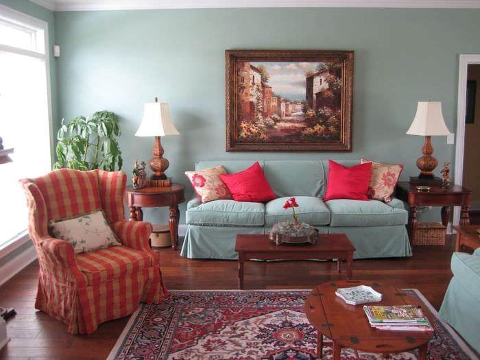 идея применения интересного голубого цвета в стиле дома