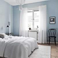 вариант использования необычного голубого цвета в дизайне дома фото