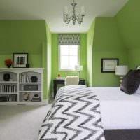 идея применения зеленого цвета в ярком дизайне квартиры фото