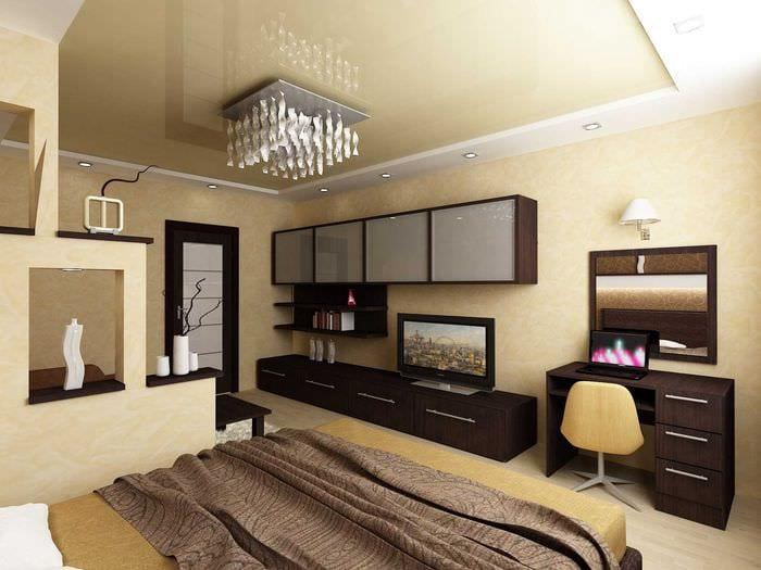 идея яркого дизайна гостиной спальни