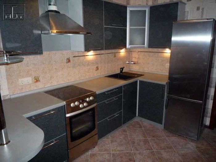 вариант яркого стиля кухни 9 кв.м