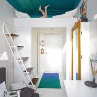 вариант необычного дизайна маленькой комнаты в общежитии фото