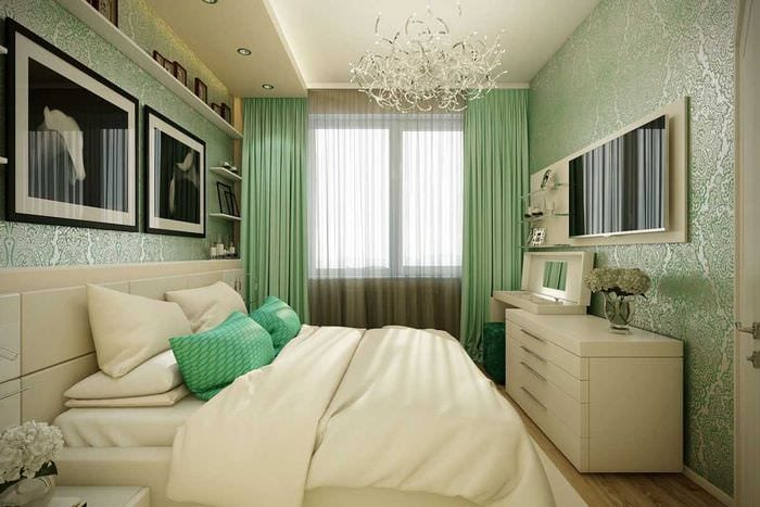 идея применения зеленого цвета в ярком интерьере квартиры