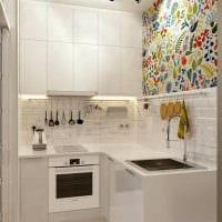 вариант светлого декора кухни 9 кв.м картинка