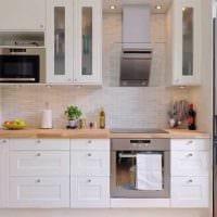 идея светлого интерьера кухни 9 кв.м фото