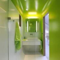 идея применения зеленого цвета в светлом интерьере квартиры картинка