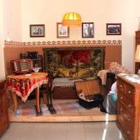 идея яркого дизайна комнаты в советском стиле фото