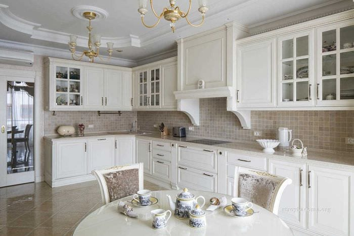 вариант применения красивого дизайна кухни