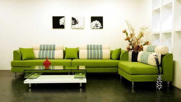 вариант использования зеленого цвета в ярком интерьере квартиры