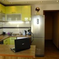 вариант светлого стиля кухни 8 кв.м картинка