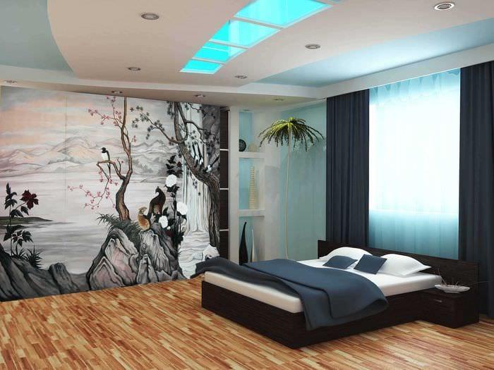 идея светлого дизайна квартиры с росписью стен